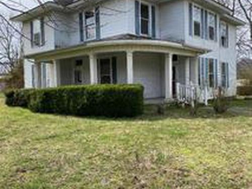 Photograph of 160 Cassetty Ln, Gainesboro, TN 38562