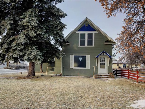 Photograph of 103 Winther St, Ray, ND 58849
