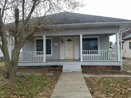 Photograph of 1425 S 3rd St, Clinton, IN 47842