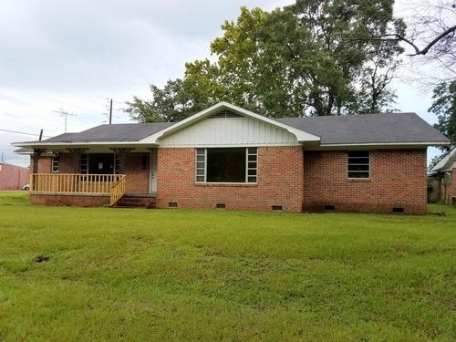 Photograph of 401 Yeend Ave, Chickasaw, AL 36611