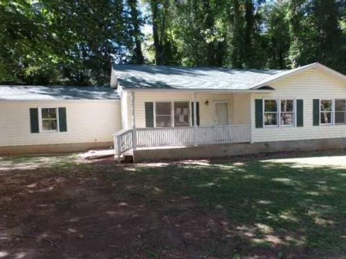 Photograph of 510 Sample Rd, Greenwood, SC 29649