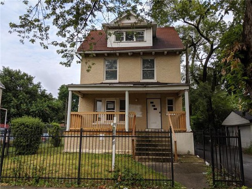 Photograph of 48 N Latrobe Ave, Chicago, IL 60644