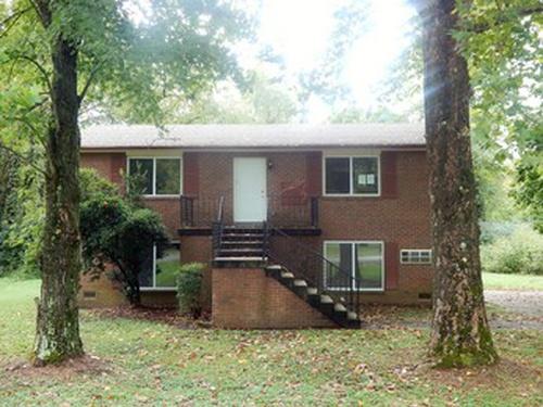 Photograph of 401 Janette Court, Goodlettsville, TN 37072