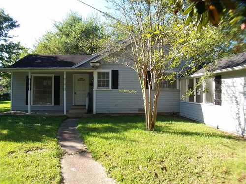 Photograph of 1655 East Dr, Beaumont, TX 77706