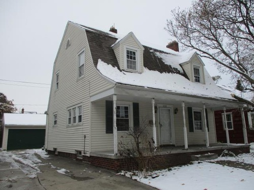 Photograph of 2218 Charlestown Ave, Toledo, OH 43613