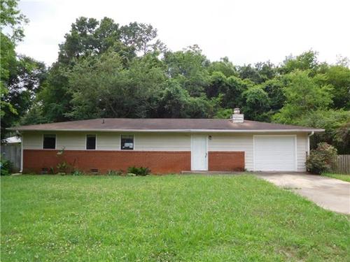 Photograph of 13 James Ave SE, Cartersville, GA 30120
