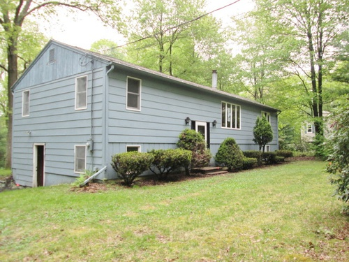 Photograph of 23 Lyford Rd, Spencer, MA 01562