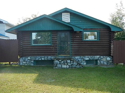Photograph of 419 Craig Ave, Fairbanks, AK 99701