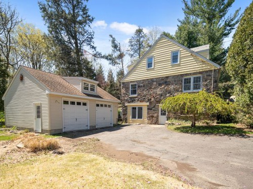 Photograph of 101 Sport Hill Road, Easton, CT 06612
