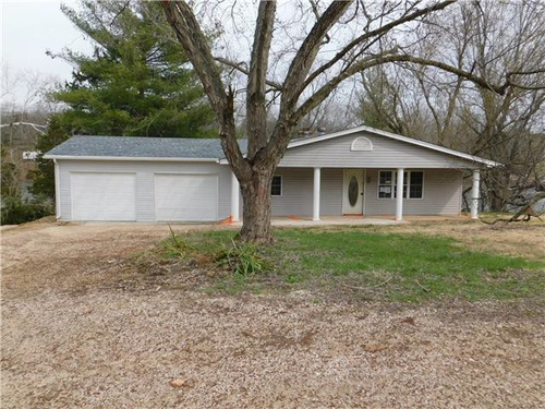 Photograph of 9492 Sunset Point Ct, Bonne Terre, MO 63628