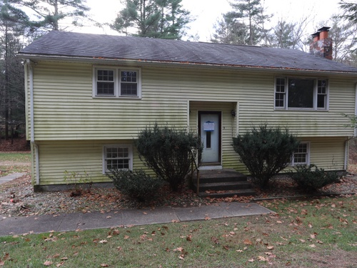 Photograph of 11 Hilltop Dr, Woodstock Valley, CT 06282
