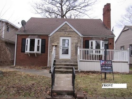 Photograph of 141 S Dearborn Ave, Bradley, IL 60915