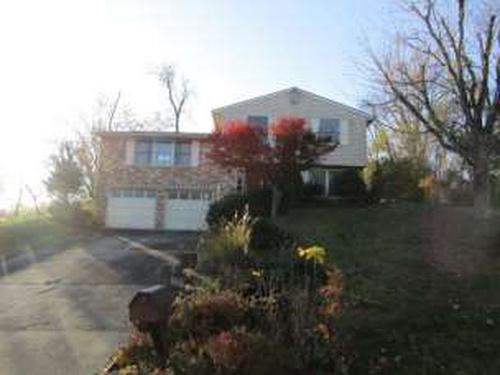 Photograph of 118 Tudor Drive, Saint Clairsville, OH 43950