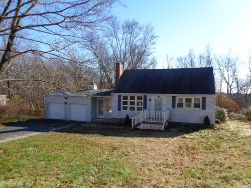 Photograph of 149 Humiston Circle, Thomaston, CT 06787