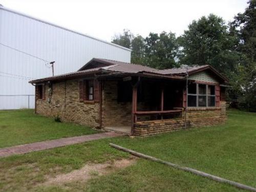 Photograph of 4707 Saks Rd, Anniston, AL 36206