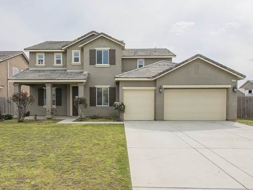 Photograph of 15327 Calabria Ct, Bakersfield, CA 93314
