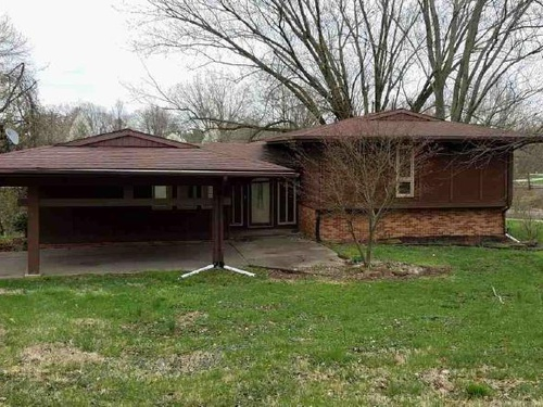 Photograph of 2289 E Shawnee Dr, Vincennes, IN 47591