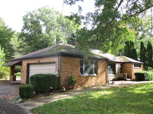 Photograph of 992 Truesdale Rd, Youngstown, OH 44511