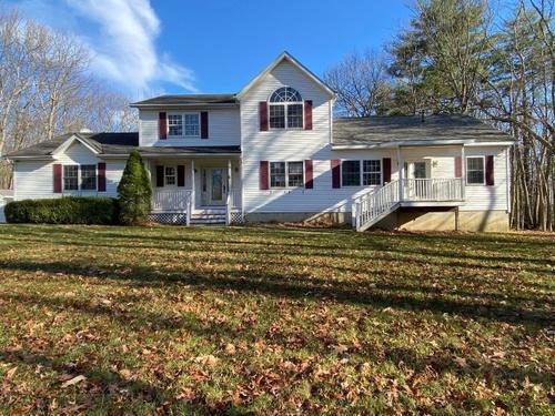 Photograph of 92 Stonybrook Rd, Pine Bush, NY 12566