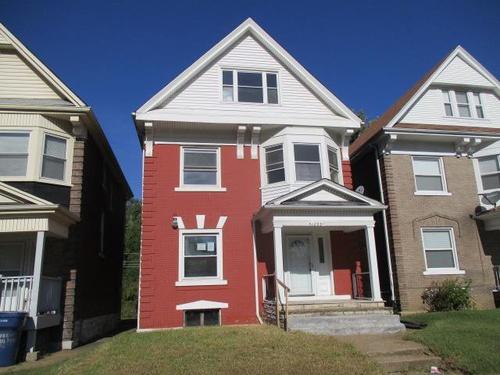 Photograph of 1269 Hamilton Ave, Saint Louis, MO 63112