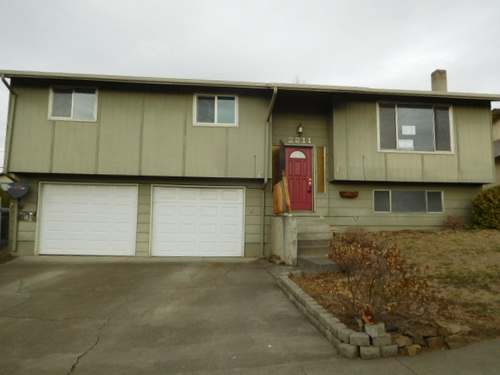 Photograph of 2211 SW Perkins Ave, Pendleton, OR 97801