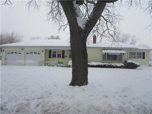 Photograph of 1322 Renrose Ave, Loves Park, IL 61111
