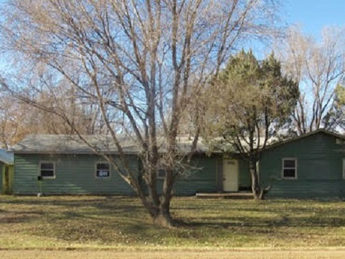 Photograph of 511 Commercial Ave, Blunt, SD 57522