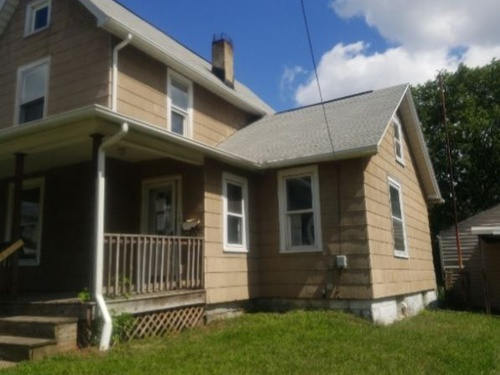Photograph of 630 Guy St NW, Massillon, OH 44647