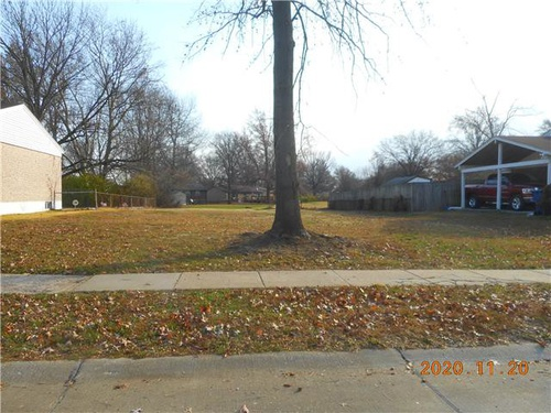 Photograph of 2161 Central Pkwy, Florissant, MO 63031
