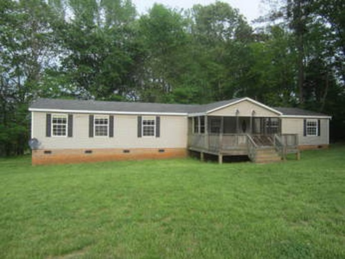 Photograph of 8161 Crawford Currin Rd, Oxford, NC 27565
