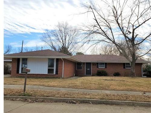 Photograph of 140 Ramblewood Road, Bartlesville, OK 74003