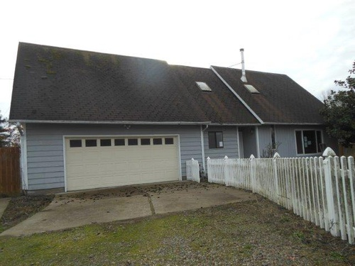 Photograph of 355 Stryker Rd, Independence, OR 97351