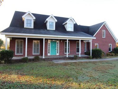 Photograph of 81 County Rd 1415, Cullman, AL 35058
