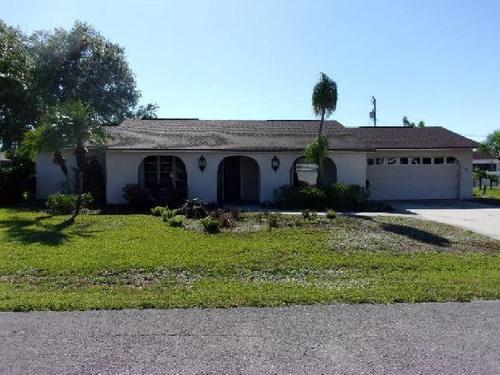 Photograph of 111 Ortona St, Lehigh Acres, FL 33936