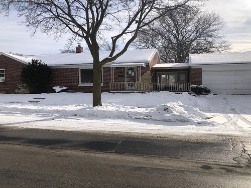 Photograph of 9301 W Auer Ave, Milwaukee, WI 53222