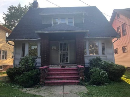 Photograph of 1034 E 169th St, Cleveland, OH 44110
