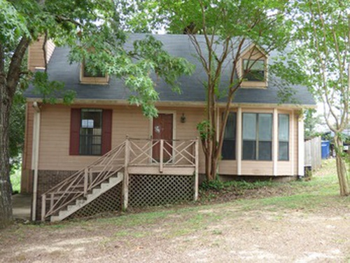 Photograph of 901 5th Ave NW, Alabaster, AL 35007