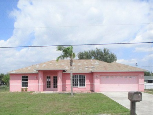 Photograph of 112 Blackstone Dr, Fort Myers, FL 33913