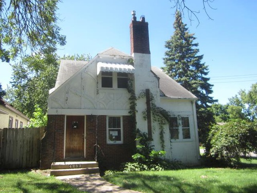 Photograph of 4253 James Ave N  #A & B, Minneapolis, MN 55412