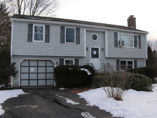 Photograph of 112 City View Road, Westfield, MA 01085