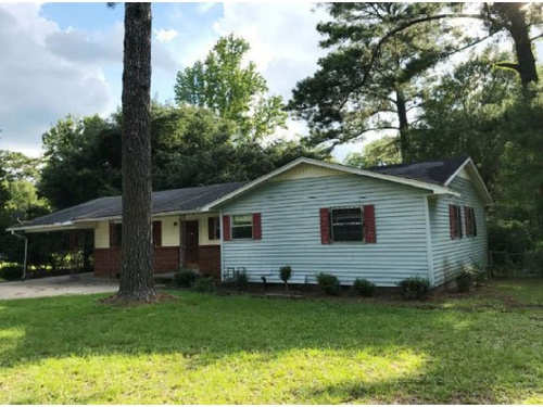 Photograph of 4997 Terry Rd, Jackson, MS 39212