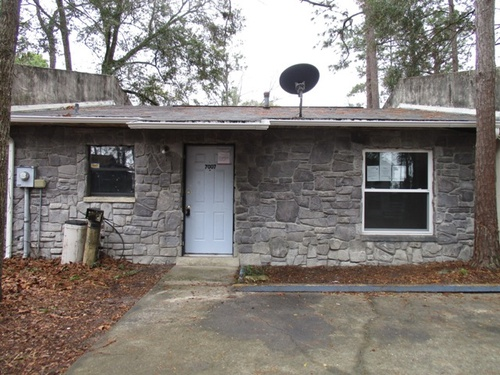 Photograph of 7007 SW 17th Pl, Gainesville, FL 32607