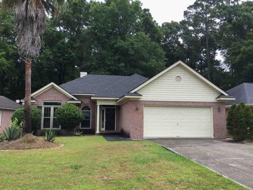 Photograph of 8 Oak Park Pl, Savannah, GA 31405