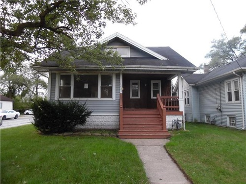 Photograph of 13926 Lincoln Ave, Dolton, IL 60419