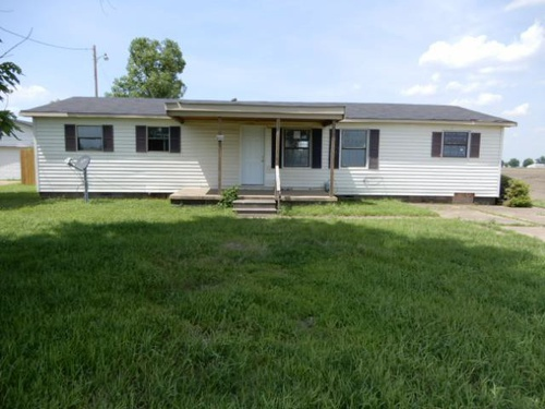 Photograph of 200 W County Road 230, Blytheville, AR 72315