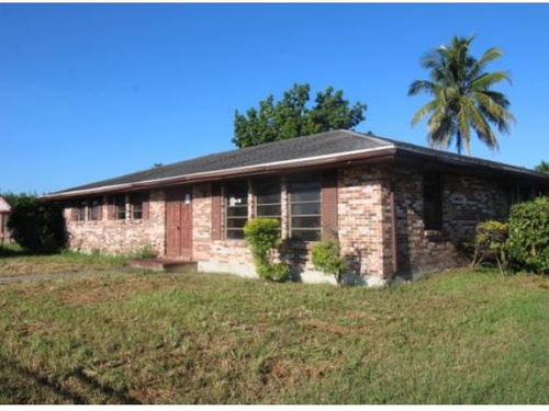Photograph of 220 SW 5th Avenue, South Bay, FL 33493