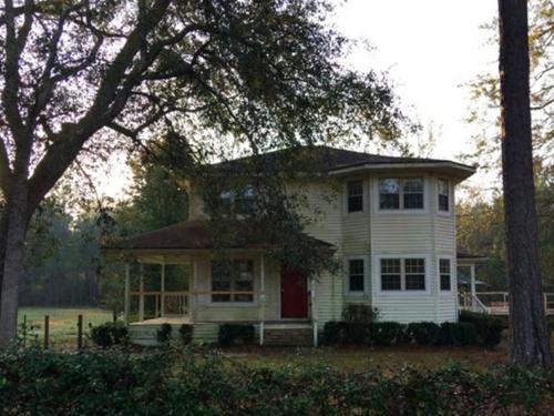 Photograph of 274 Wildwood Lane, Bloomingdale, GA 31302