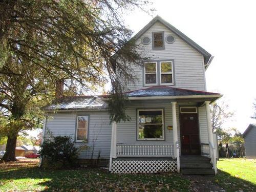Photograph of 921 Prospect St, Salem, OH 44460