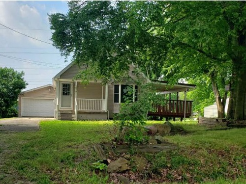 Photograph of 1219 Woods Dr, Tallmadge, OH 44278