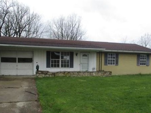 Photograph of 3209 Red Feather Rd, Sidney, OH 45365